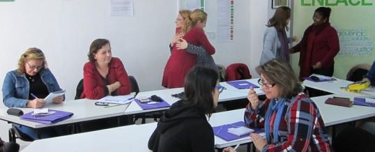 ENLACE reabre el plazo para la inscripción a los talleres de mujeres del Programa OLA